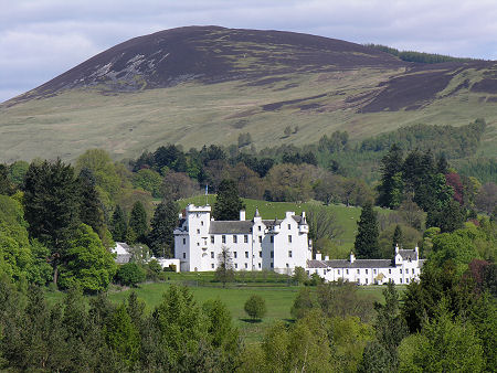 Blair Castle Feature Page On Undiscovered Scotland