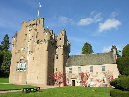 Crathes Castle Feature Page On Undiscovered Scotland