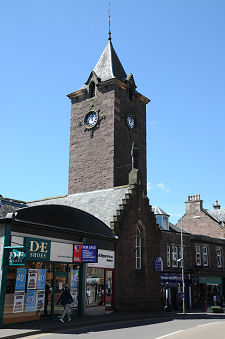 Crieff Feature Page On Undiscovered Scotland