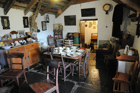 Laidhay Croft Museum Feature Page on Undiscovered Scotland on scottish cottage interiors, scottish stone house, scottish holidays and traditions, scottish homes, scottish hall house,