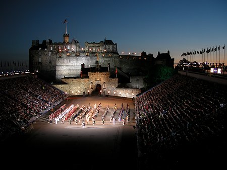 Edinburgh Tattoo Attracts 200000 Visitors form Around the World