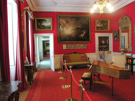 Pollok house feature page on undiscovered scotland for Beautiful house music