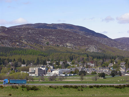 Kingussie Feature Page On Undiscovered Scotland