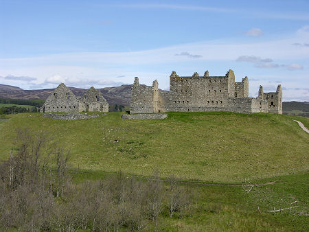 Ruthven Barracks Feature Page On Undiscovered Scotland