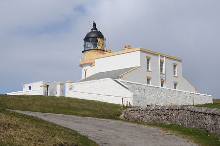 Stoer Head Lighthouse Feature Page on Undiscovered Scotland