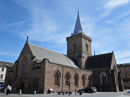 St John's Kirk of Perth Feature Page on Undiscovered Scotland