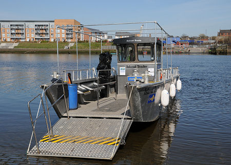 Renfrew to Yoker Ferry Feature Page on Undiscovered Scotland