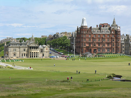 St Andrews Feature Page on Undiscovered Scotland