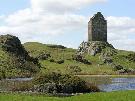 Smailholm Tower from the Millpond