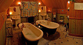 The luxurious bathroom at Ptarmigan Cottage